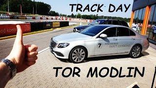 TOR MODLIN / Mercedes-Benz Safety Experience