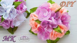 Grampos de cabelo com um buquê de rosas