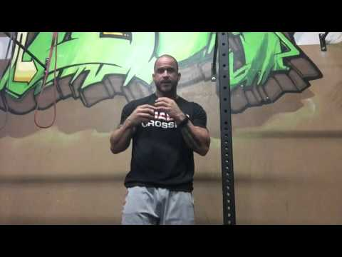 Winged Scapula, shoulder to overhead and the fix! | Trevor Bachmeyer | SmashweRx