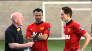 Ryan Giggs and Adnan Januzaj freestyle in Manchester United skills
