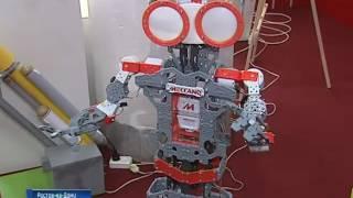 Роботы, которые танцуют, поют и убирают: выставка юных техников в Ростове