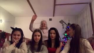MAMAIE SPUNE CARE DINTRE NOI E ALCOOLICA| CHRISTMAS EDITION