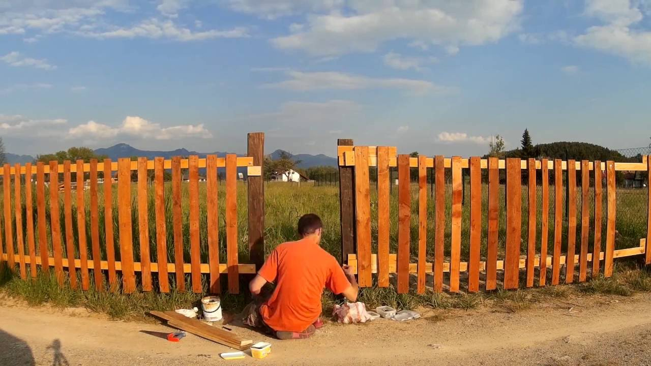 How to build simple wooden fence timelapse youtube how to build simple wooden fence timelapse baanklon Image collections
