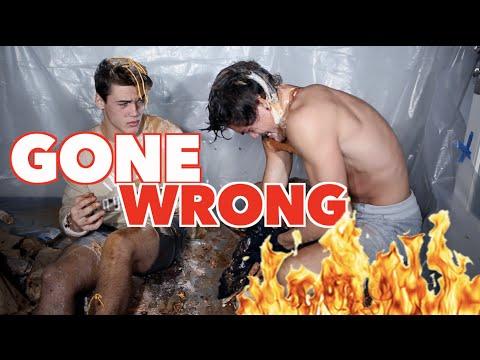Eat It Or Wear It Challenge GONE WRONG!!!! // Dolan Twins