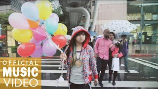 Repeat youtube video 【MV】蚊子WENZI  ft. Christy Peng - 顏色 (MV)