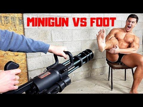 Airsoft Minigun VS My Toes & Foot *INSANELY PAINFUL*   Bodybuilder VS Crazy Airsoft Gun Challenge