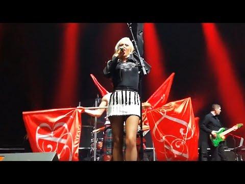 Lepa Brena - LIVE - Hajde da se volimo - (Plovdiv, 08.04.2017.)