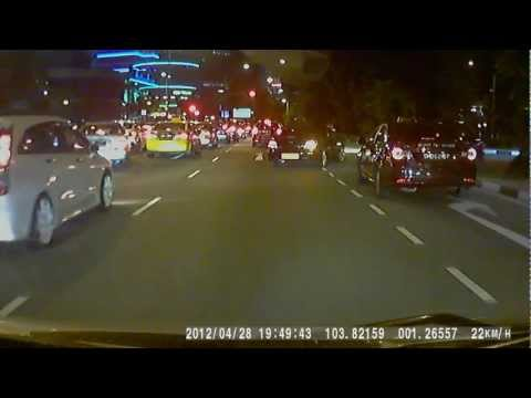 Lousy Singapore Drivers: Hazardous Abrupt Lane Change and Turning