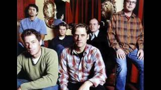 Watch Calexico Close Behind video