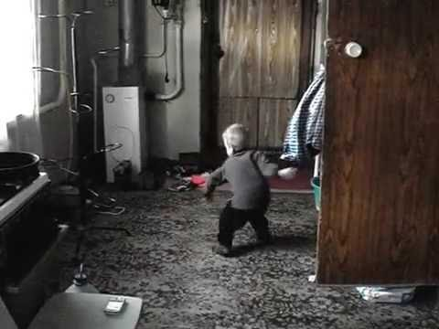 Прикольный детский танец
