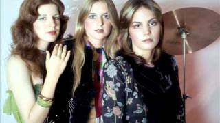 The Runaways - Rock N Roll Demo version and Final version