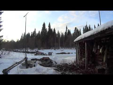 Зимовье охотников промысловиков   тайга респ