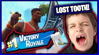 FAN LOSES A TOOTH PLAYING FORTNITE!!! *Gets the DUB!* Victory Royale!