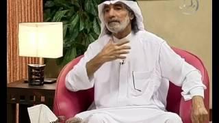 الإشادة بأمير الشعراء أحمد شوقي.