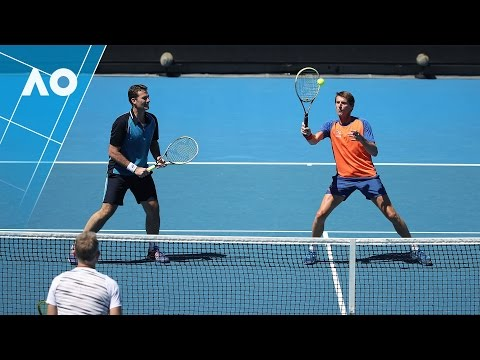 Legends: Bjorkman/Johansson v Eltingh/Haarhuis match highlights (2R) | Australian Open 2017