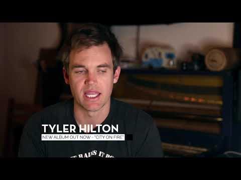 Τάιλερ Χίλτον dating με την Μέγκαν Παρκ αστείες απαντήσεις site γνωριμιών