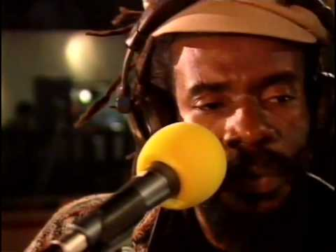 Israel Vibration - Cool and Calm (live with Roots Radics, Dutch TV 1997, 2 Meter Sessies)