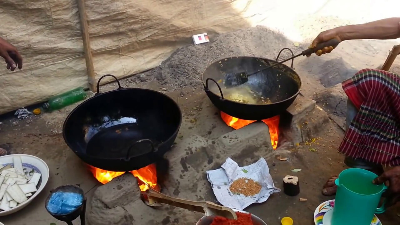 Traditional bangladeshi village cooking my village way to for Ancient indian cuisine
