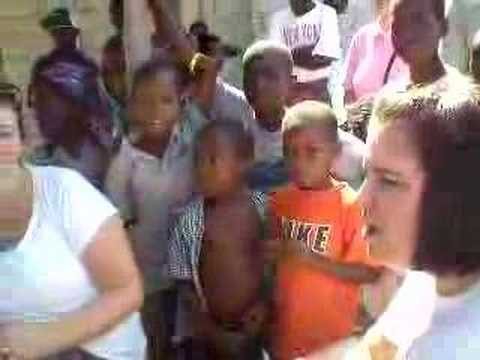 kids in haiti singing Jesus loves me in creole