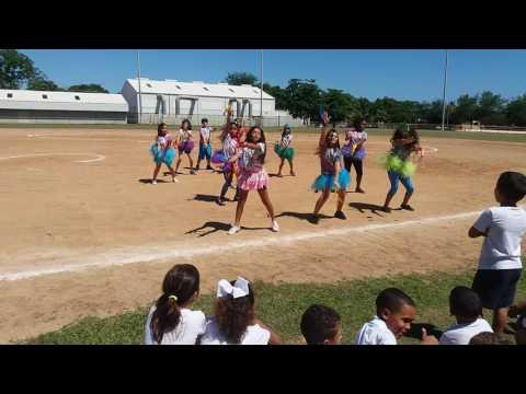 Baile despacito dance 4 to escuela bolivar pagan(1)