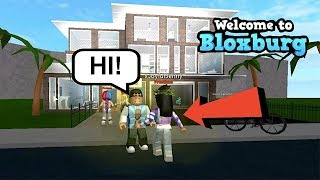 FANS NOTICED ME! + 2 HOUSE TOURS IN 1 VIDEO | BLOXBURG | ROBLOX | FAMBAM GAMING