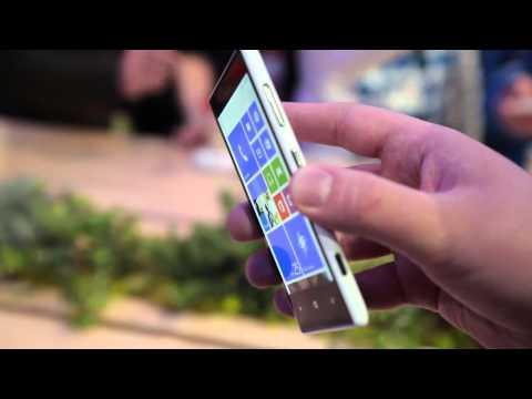 Nokia Lumia 520 and Lumia 720 hands-on - MWC2013