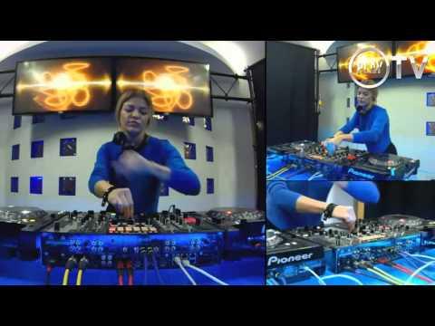 DJ HANNA Live @PLAY TV 18 11 2015