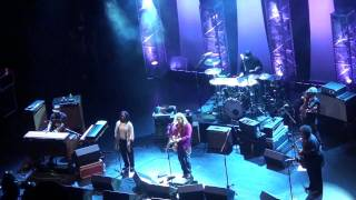(HD) Warren Haynes Band - Sneaking Sally Through The Alley - Beacon Theater - New York, NY - 5.12.11