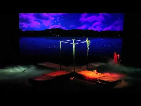 High bar act by Dragons 1001 / www.maximaaa.com