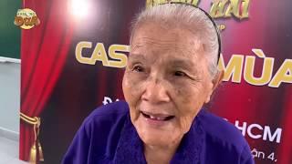 Cụ bà 86 tuổi mừng rơi nước mắt lần đầu đứng trên sân khấu Thách thức danh hài
