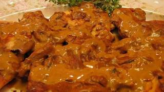 Betty's Champagne Chicken With Mushrooms