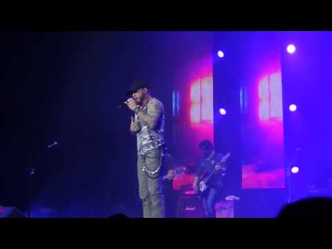 """Brantley Gilbert - """"Read Me My Rights"""" - C2C 8th March 2015 London, England"""