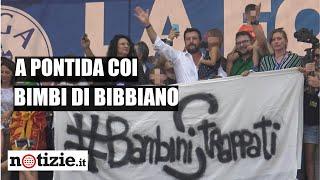 Salvini a Pontida cita Berlinguer, poi presenta Greta: una bimba di Bibbiano| Notizie.it