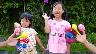 Keysha Bermain Air Dalam Balon Bernyanyi Finger Family Song Nursery Rhymes Learn Color With Balloons