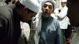 Habib Sholeh Alaydrus mendoakan Habib Abdul Qodir Umar Mauladawilah