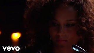 Смотреть клип Alicia Keys - Raindrop Prelude