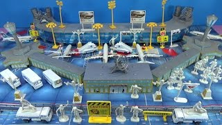 Biggest Airport Playset model  Boeing Airbus planes christmas gift UNBOXING kids toys surprises