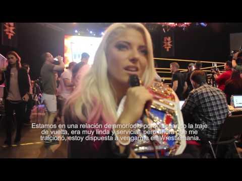 Pólvora Live con Alexa Bliss (Wrestlemania 33)