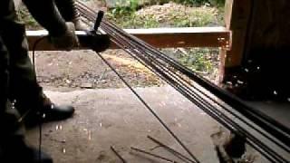 Нарезка арматуры для проставок(Для изгтовления проставок для армирования плитного. плавающего, фундамента нарезаем арматуру., 2010-08-05T18:54:18.000Z)