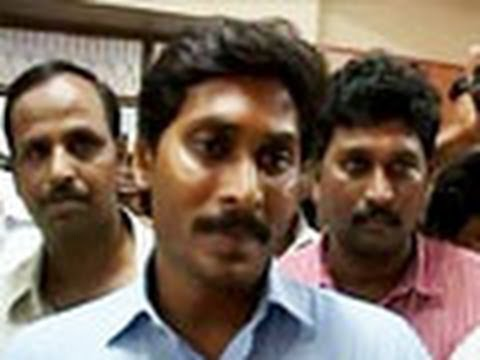 CBI raids Jagan Mohan Reddy's properties