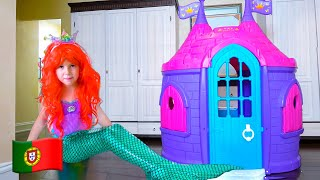 Mania muda de vestido para se tornar princesa sereia