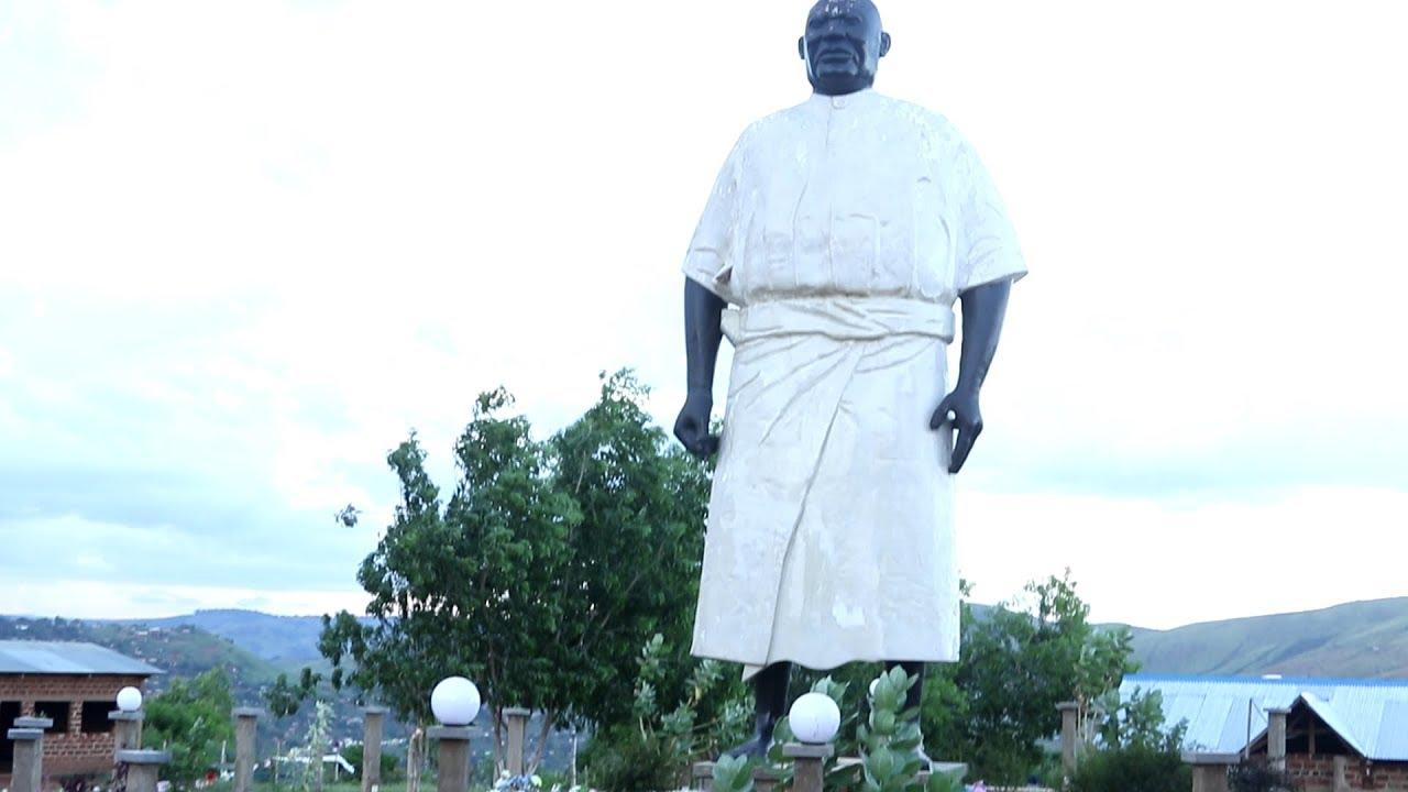 mfumu menga menga parle de sa mission et la statut qui la ...