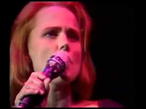 Belinda Carlisle  ~ Runaway Live [1990 Full Concert]
