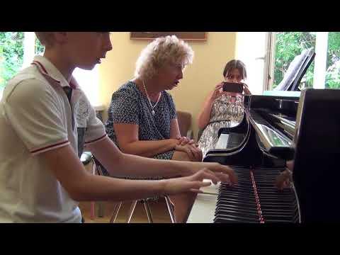 07.08.2017 Danila Tolstov. II-nd International Summer School, Moscow