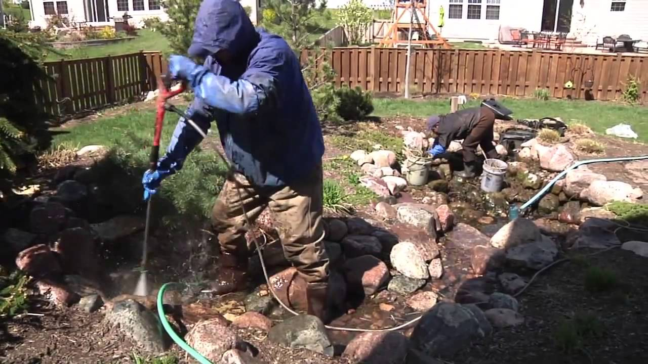 How to Spring Clean your pond