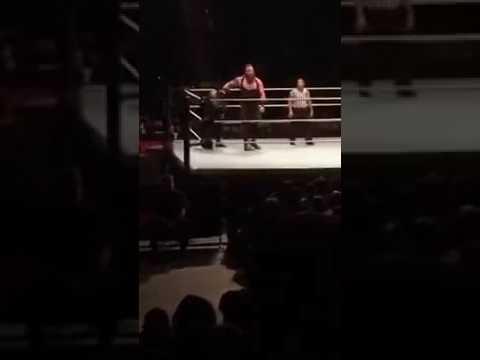 WWE LIVE 2017 : Roman Reigns vs Braun Strowman (Full Match),Monday night raw 2/20/2017, WWE Raw 2017