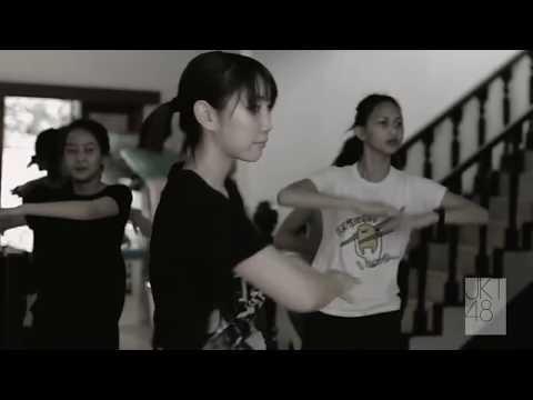 JKT (Team KIII) - Lucky Seven  (off vocal)