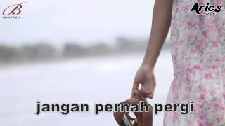 Download lagu SANNY - Sayang Janganlah Pergi Lyrick