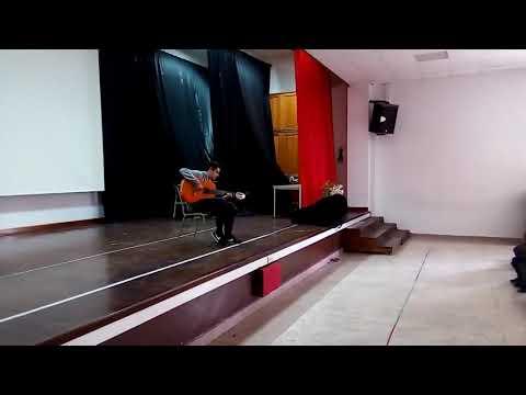 El Concertista De Guitarra Victor Franco Gutiérrez En El Instituto Español Melchor De Jovellanos (2)
