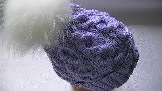 Вяжем шапку спицами узором с  аранами.